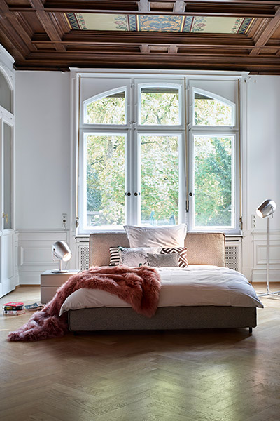 schlafen wie auf wolken kontrast m bel leuchten accessoires. Black Bedroom Furniture Sets. Home Design Ideas