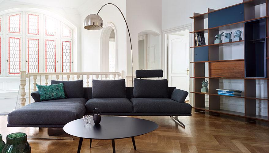 altbau wohnzimmer lampe  minimalistisches und modernes