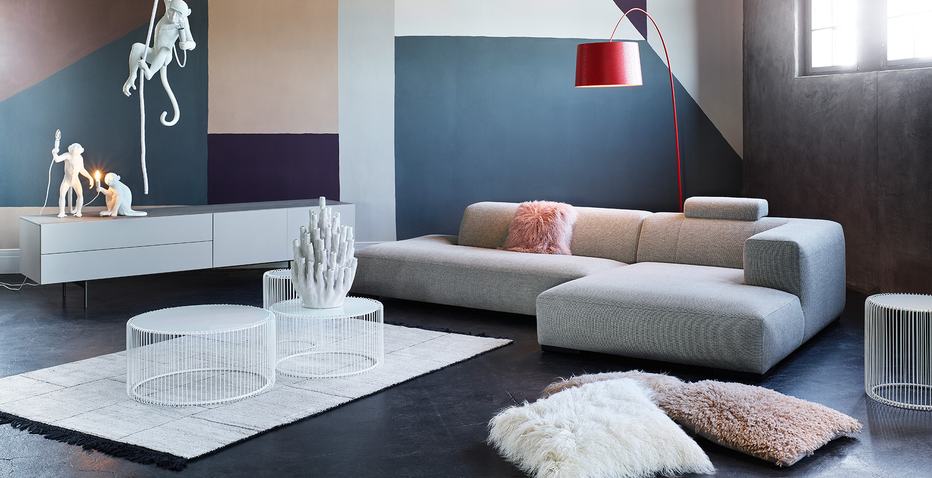 loftaffairs kontrast m bel leuchten accessoires. Black Bedroom Furniture Sets. Home Design Ideas